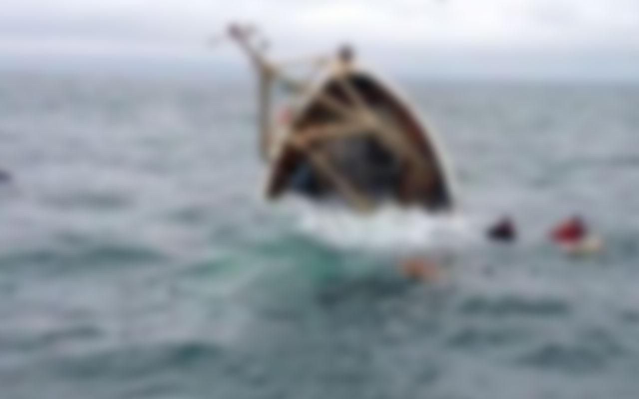 Mersin'de balıkçı teknesi alabora oldu! 2 kişi hayatını kaybetti