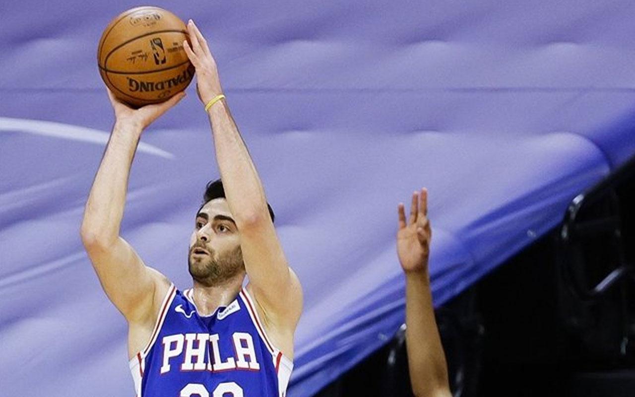 NBA'da Furkan 19, Cedi 11 sayıyla oynadı