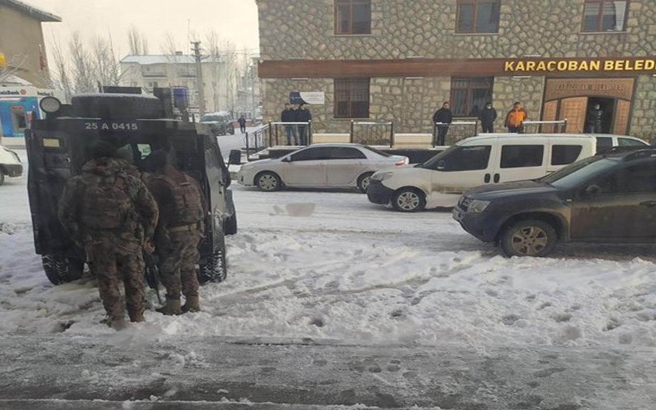 HDP'li Karaçoban Belediye Başkanı Halit Uğun ve şoförü gözaltına alındı