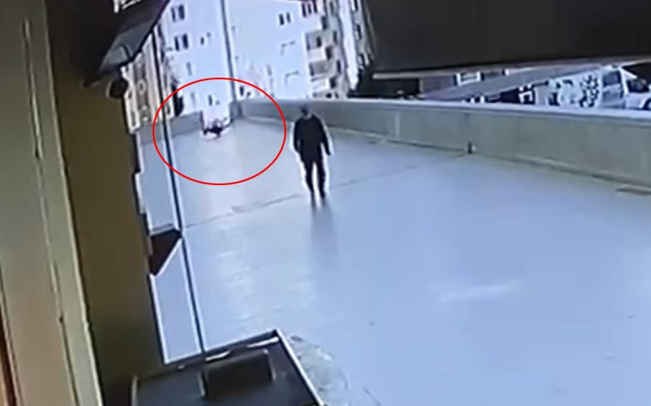 Esenyurt'ta 16 yaşındaki gencin 12'nci kattan düştüğü anlar