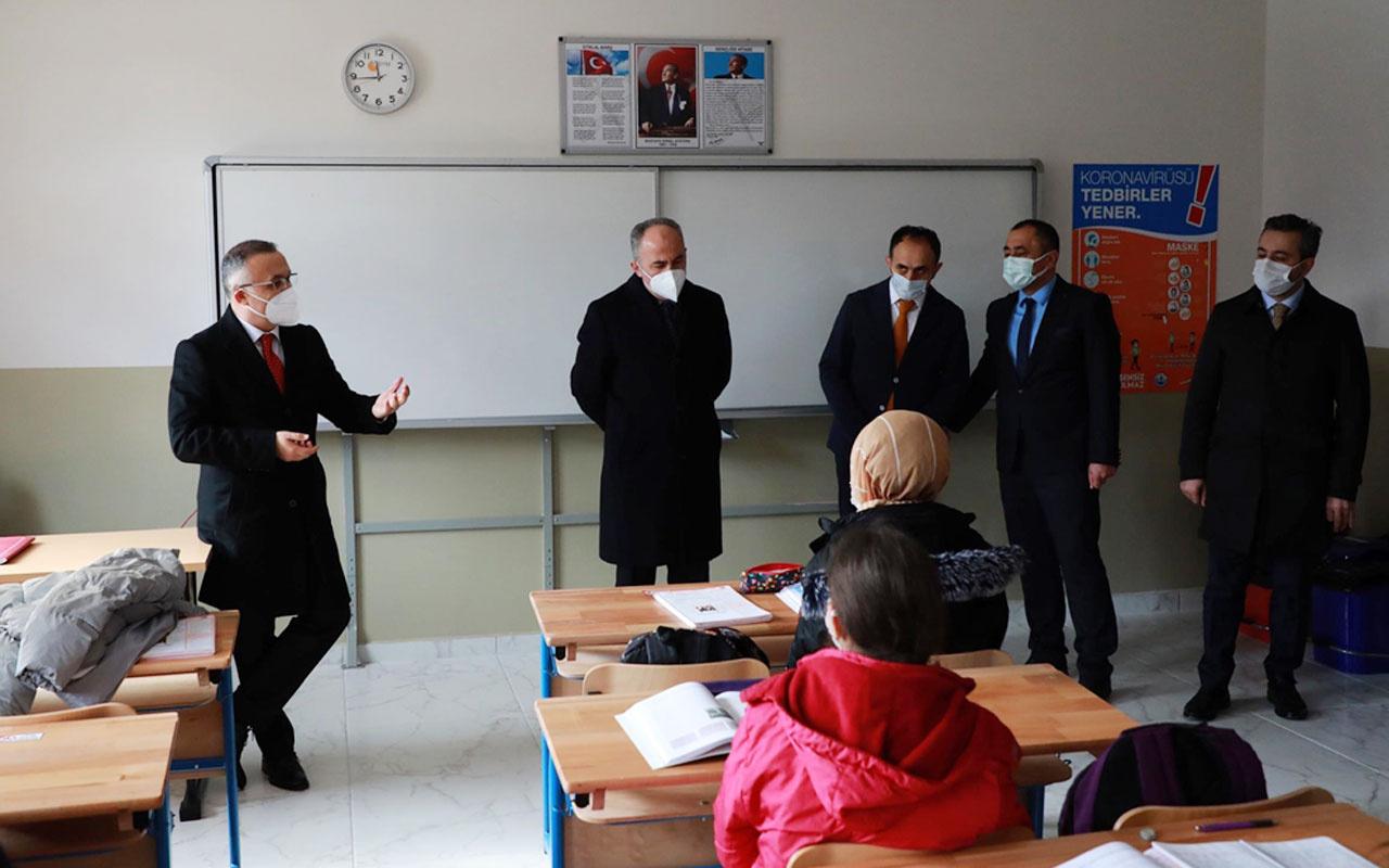 Rize Valisi Kemal Çeber Kovid-19 vaka sayılarını değerlendirdi