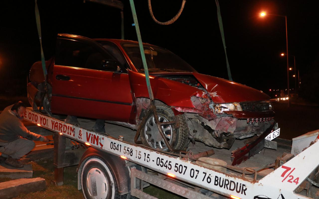 Burdur'da arkadan çarptı kaçtı! Kaza yerine gelip söyledikleri pes dedirtti