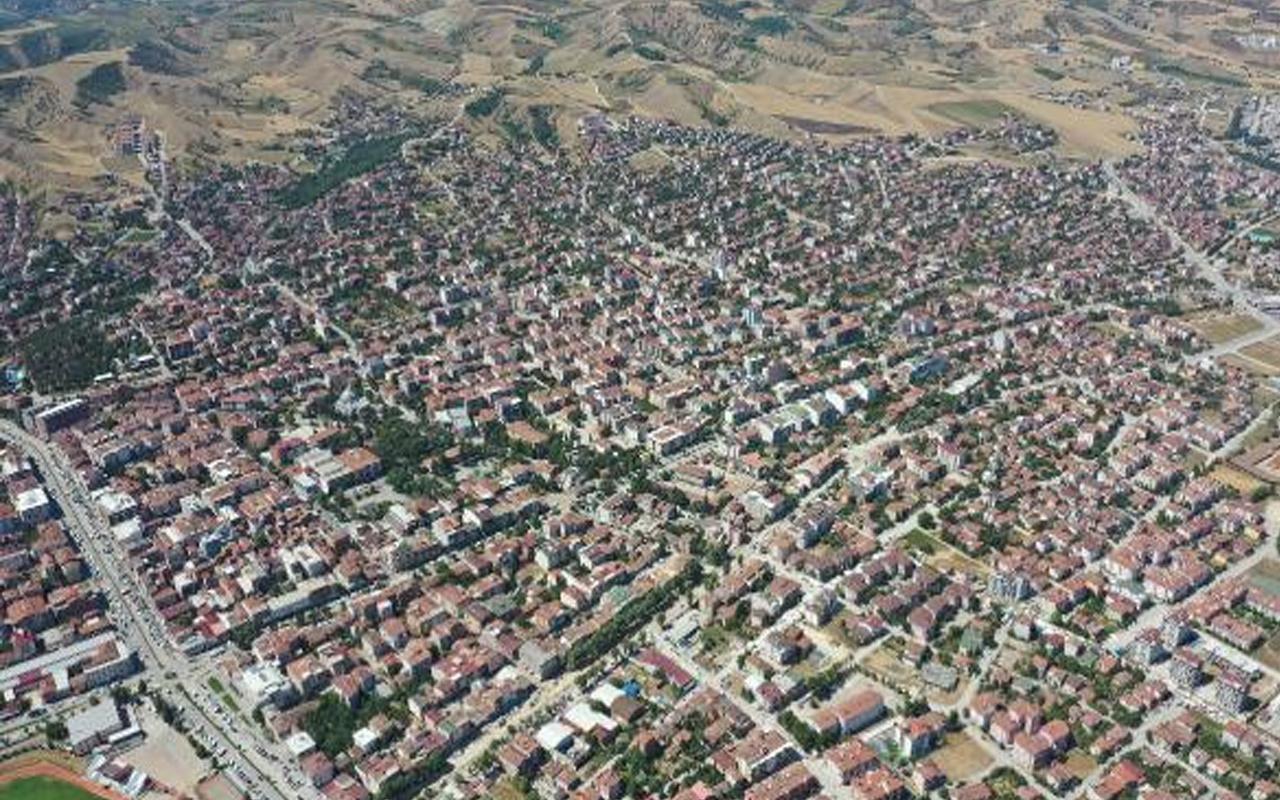 Vakaların arttığı Erbaa'da yeni karar! Semt pazarları 14 gün kapatıldı