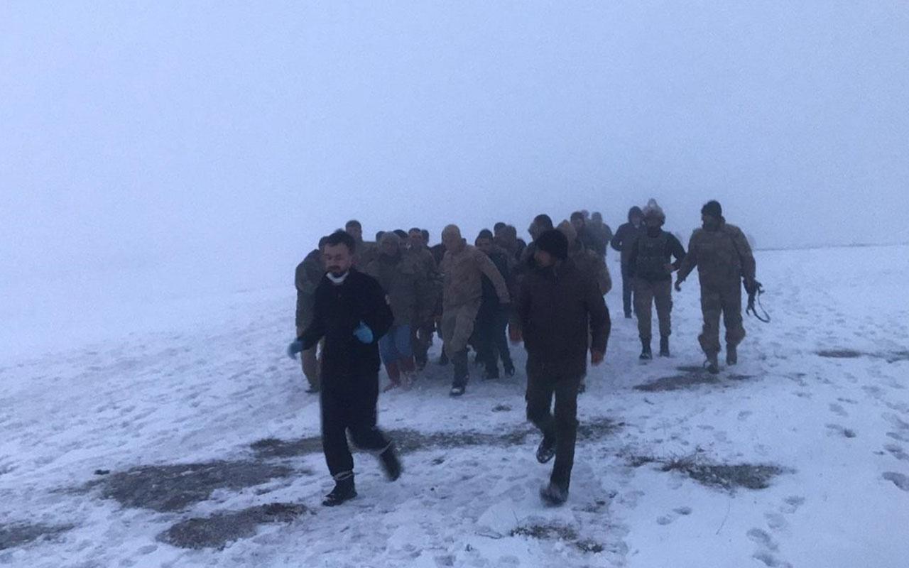 Bitlis'te askeri helikopter düştü! (2)