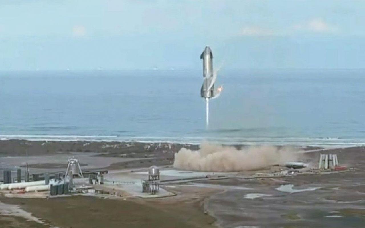 SpaceX'in Mars'a göndermeyi planladığı Starship aracı deneme uçuşu sonrası yerde infilak etti