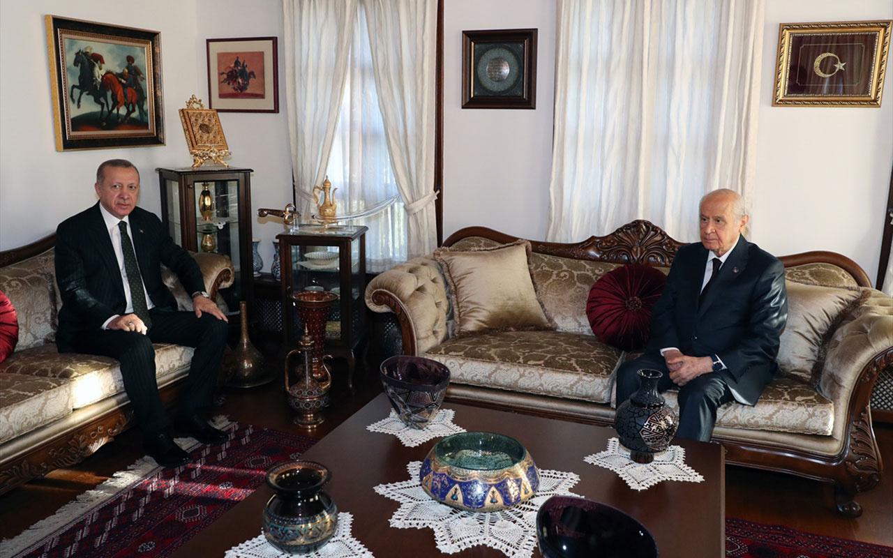 Cumhurbaşkanı Erdoğan Devlet Bahçeli'yi neden ziyaret etti? Ankara'da senaryolar uçuşuyor