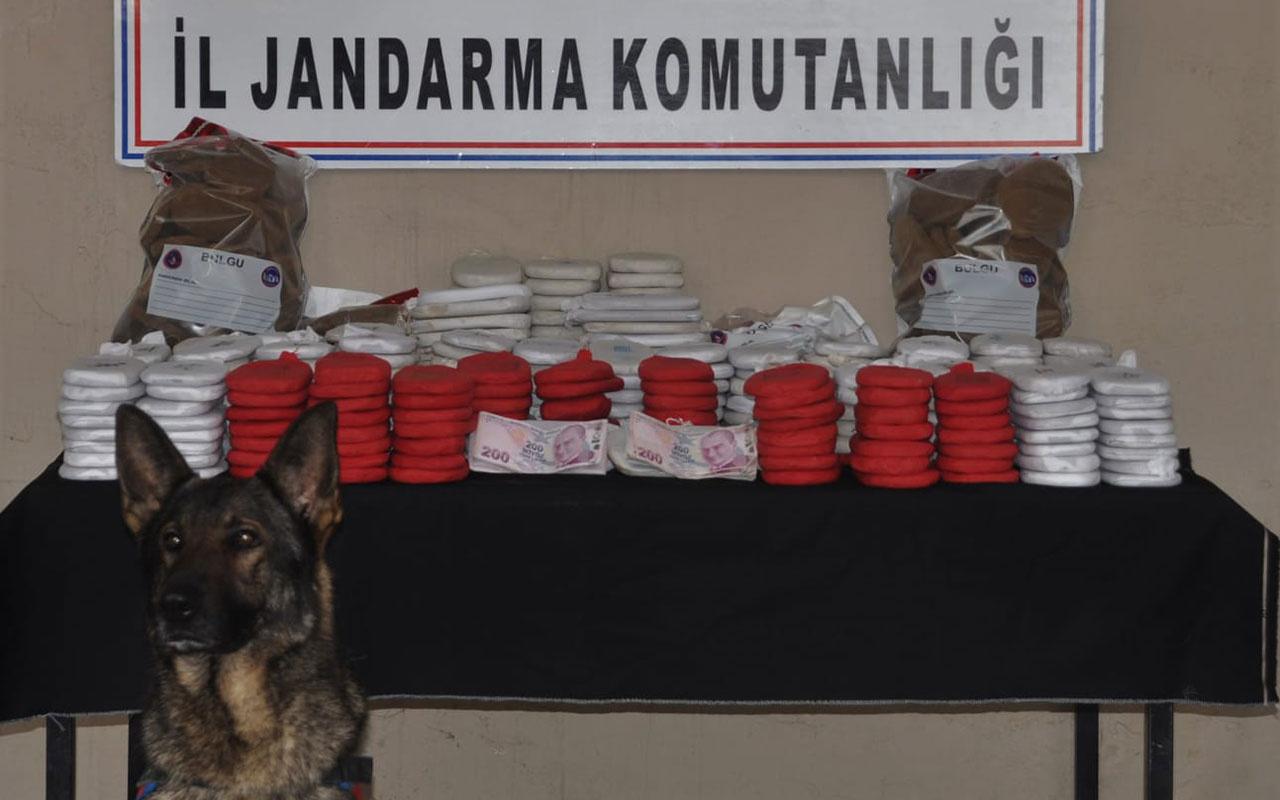 Hatay'da Karakol Komutanı Teğmen Suriye sınırında 82 kilo uyuşturucuyla yakalandı