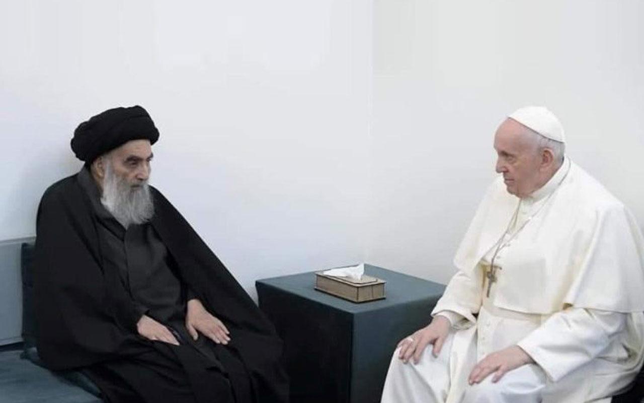 Papa, Şii lider Ali es-Sistani ile bir araya geldi Kuran-ı Kerim dinledi