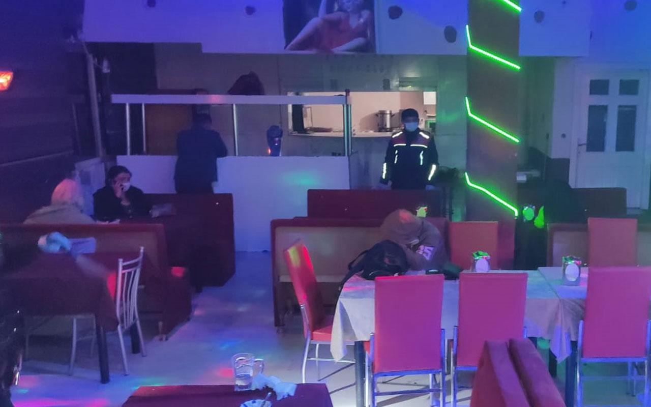"""""""Çok yüksek risk"""" kategorisindeki Konya'da aynı manzara! Eğlence mekanında yakalandılar"""