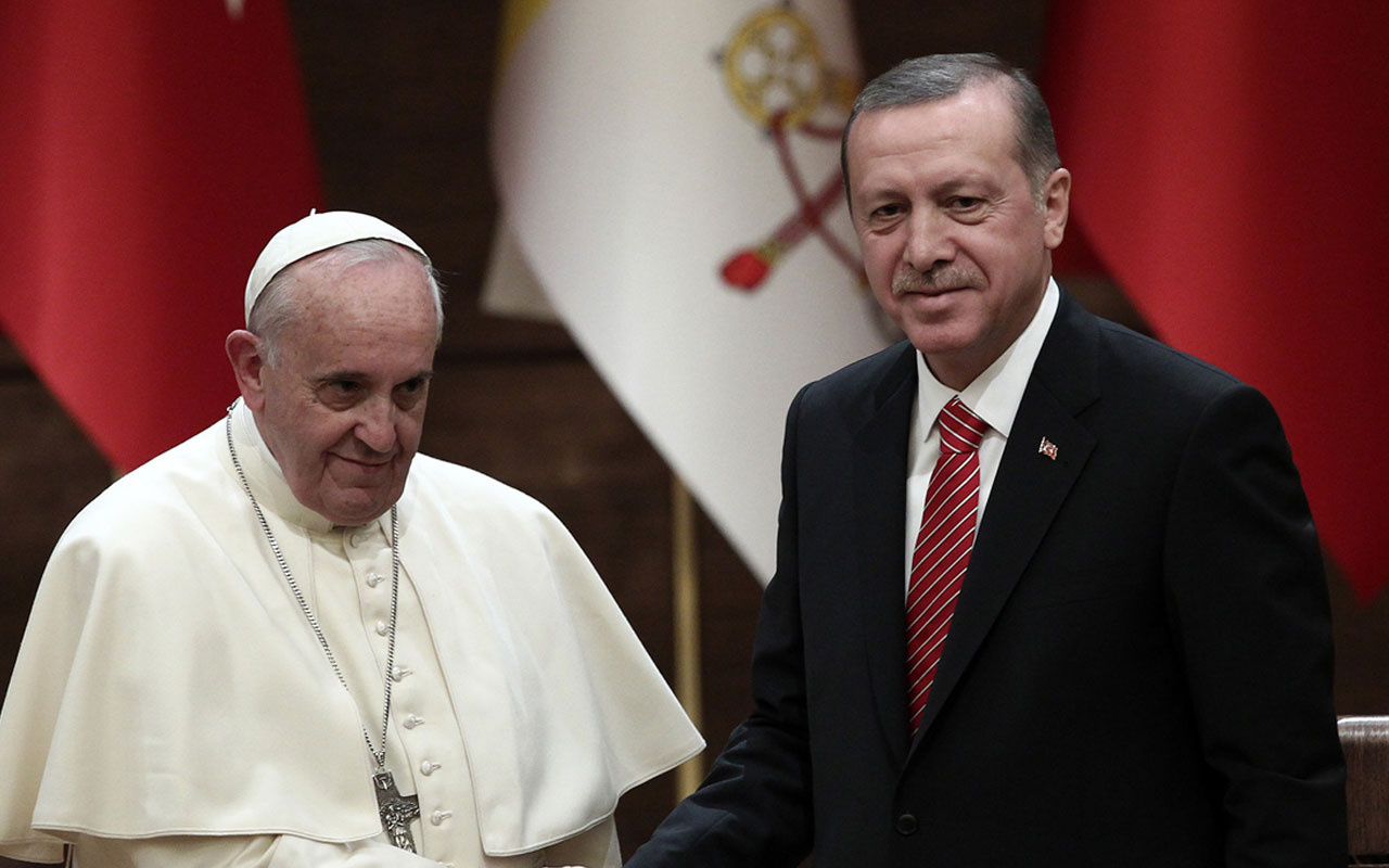 Papa Irak ziyareti sonrası Cumhurbaşkanı Erdoğan'a telgraf gönderdi