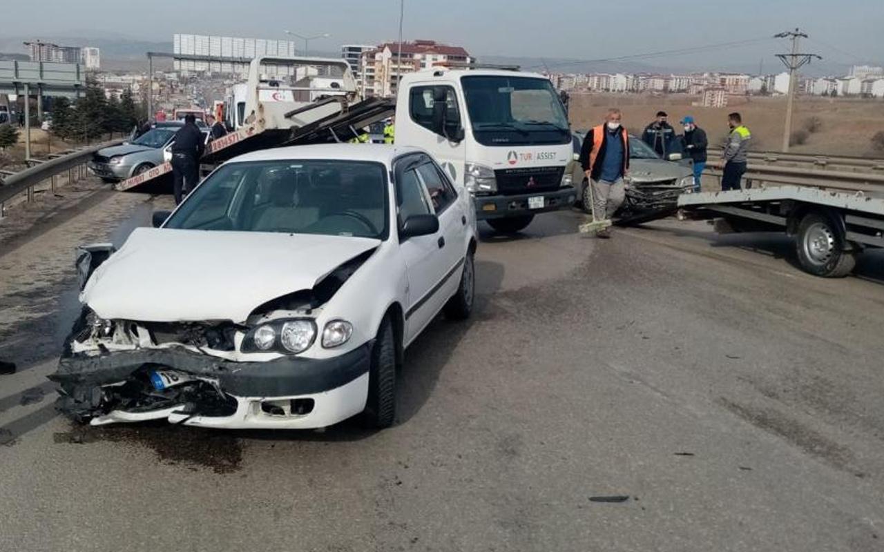 Kırıkkale'de üç araç birbirine girdi! Zincirleme kazada yaralılar var