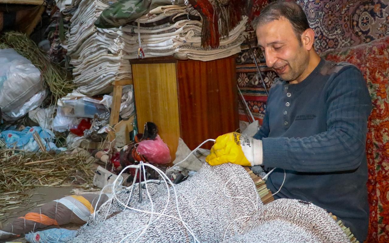 Mardin'de sadece iki kişi kaldılar! Günde bir tane üretiyor: Kuvvet isteyen bir iştir