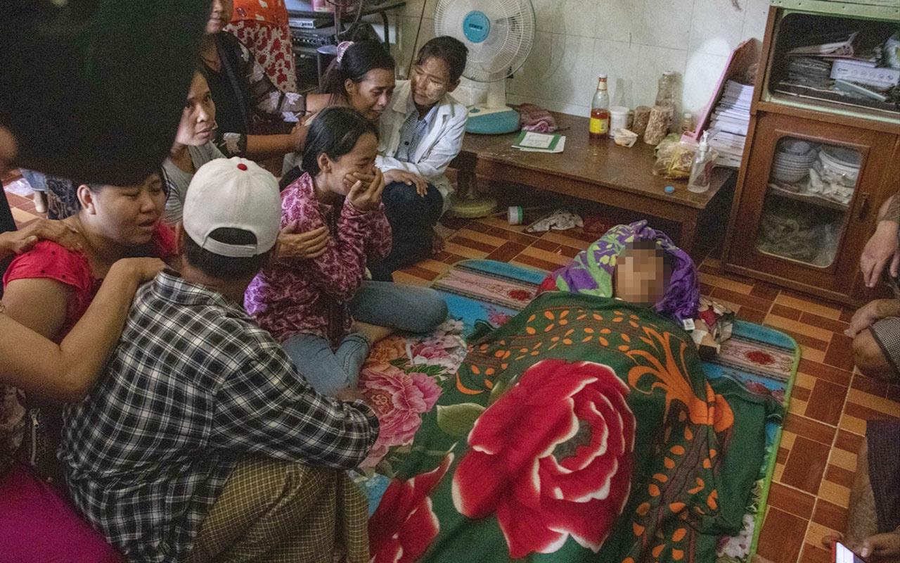 Myanmar'da darbe karşıtı gösterilerde 10 kişi öldü