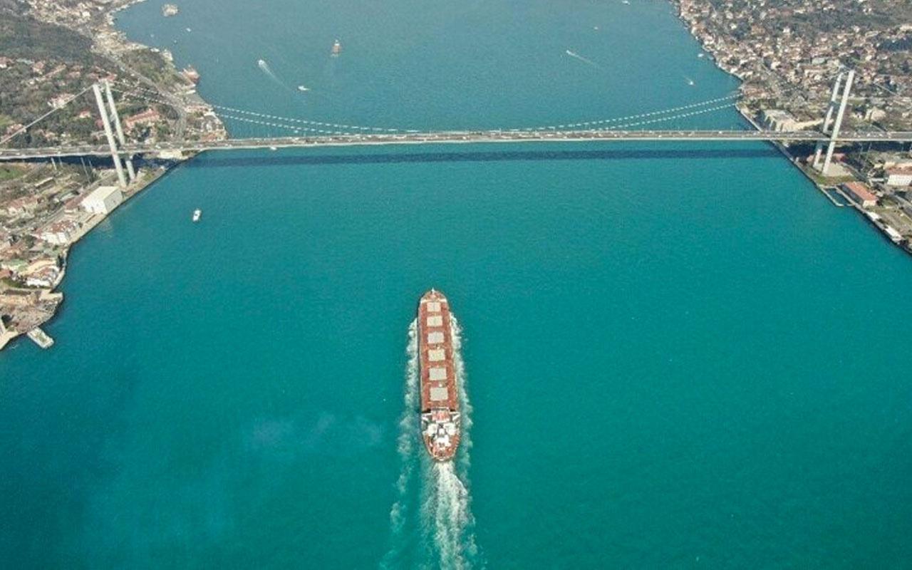 İstanbul Boğazı'nda muhteşem görüntü! Kartpostallık manzara kendine hayran bıraktı