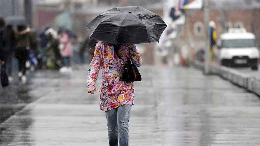 Sıcaklıklar düşüyor sağanak yağış geliyor! Prof. Dr. Orhan Şen saat verip uyardı!