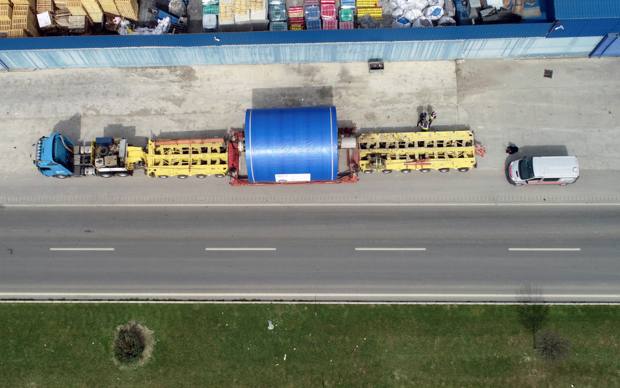 Hatay'da gören merak edip sordu! 90 tekerlekli TIR 3 günde taşıdı
