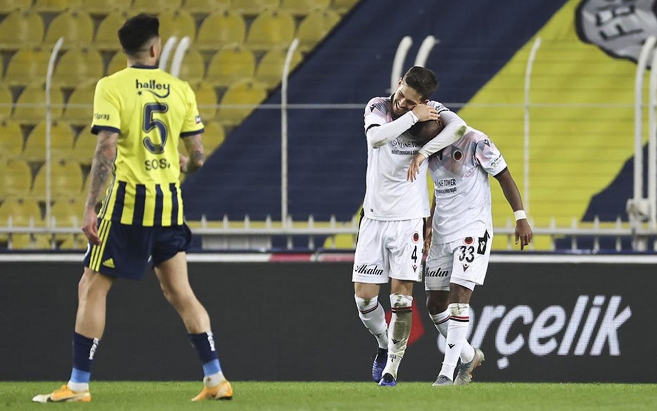 Kadıköy kabusa döndü! Fenerbahçe'den kötü rekor