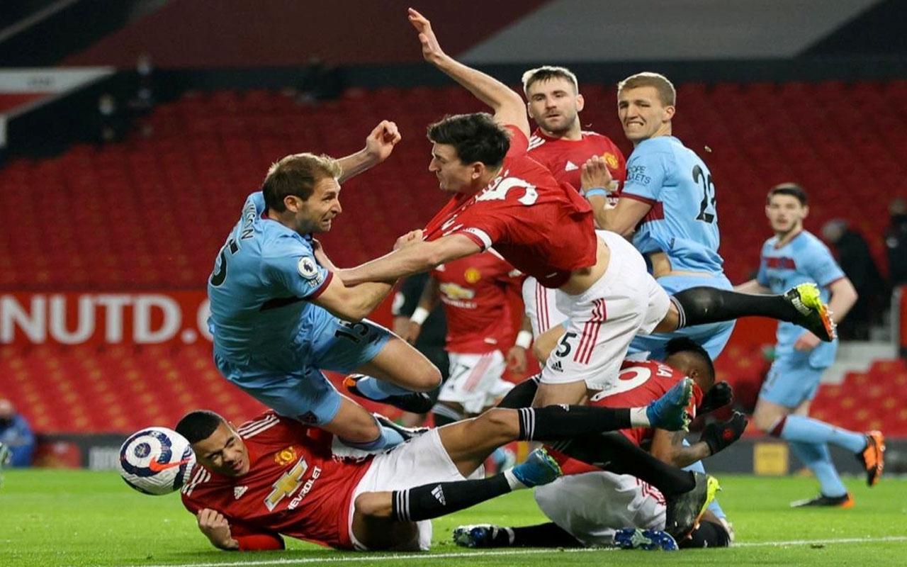 Manchester United tek attı 3 puanı aldı