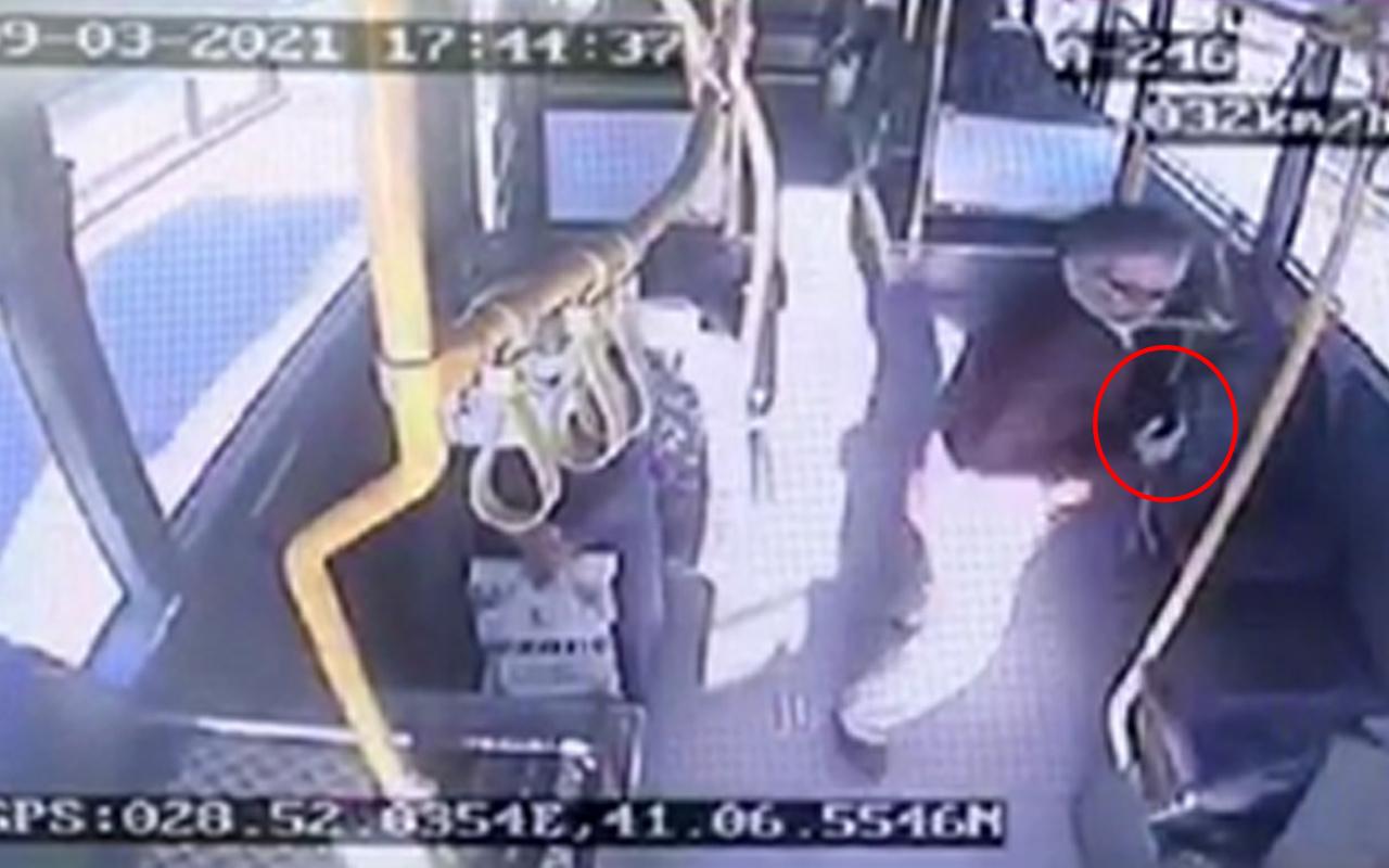 İstanbul'da otobüste buldu günlerce sahibini aradı: Hiç açmadım