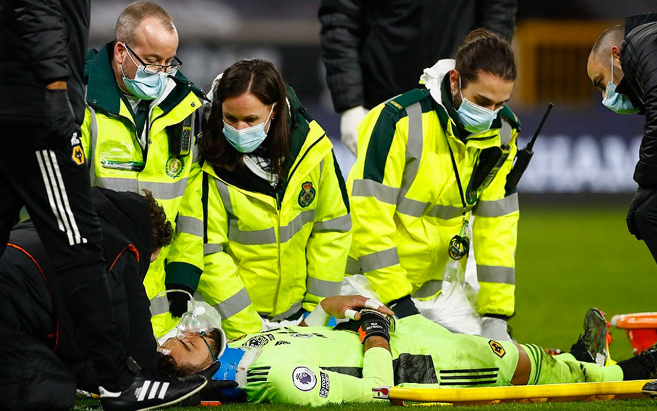 Wolverhampton kalecisi Rui Patricio yürekleri ağza getirdi