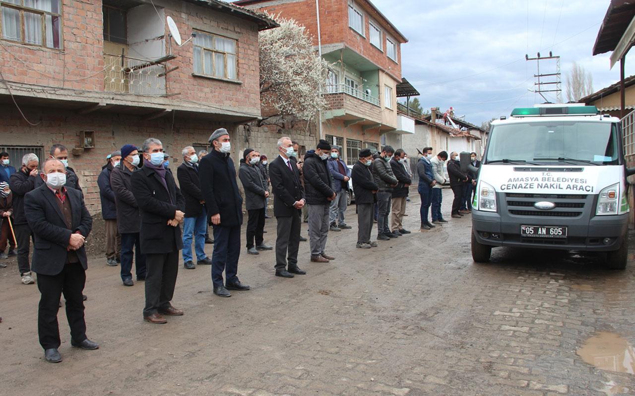 Amasya'dan acı haber! Kovid-19'a yakalanan ve 7 aylık bebeği sezaryenle alınan kadın öldü