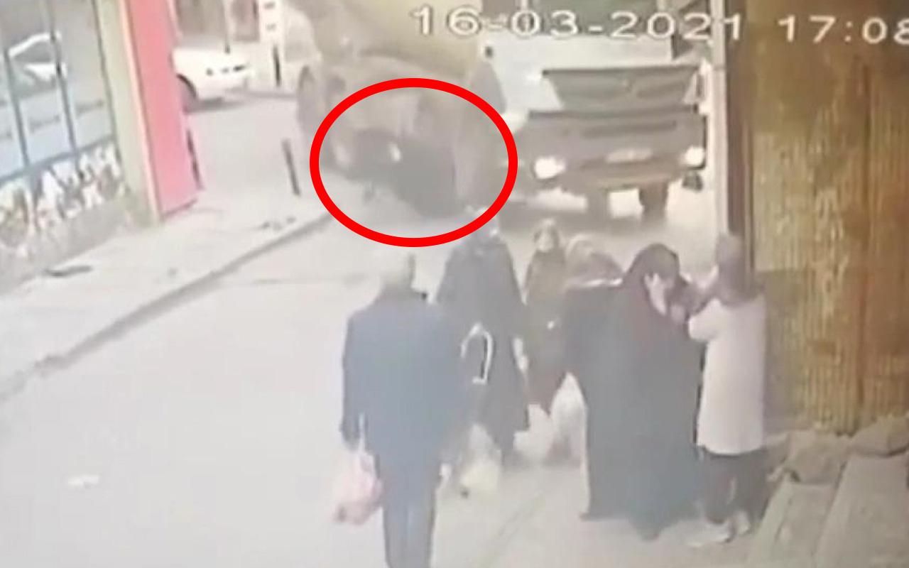 İstanbul'da feci kaza! Çığlık sesleri koptu: Kadının bacağı tekerin altında kalmıştı