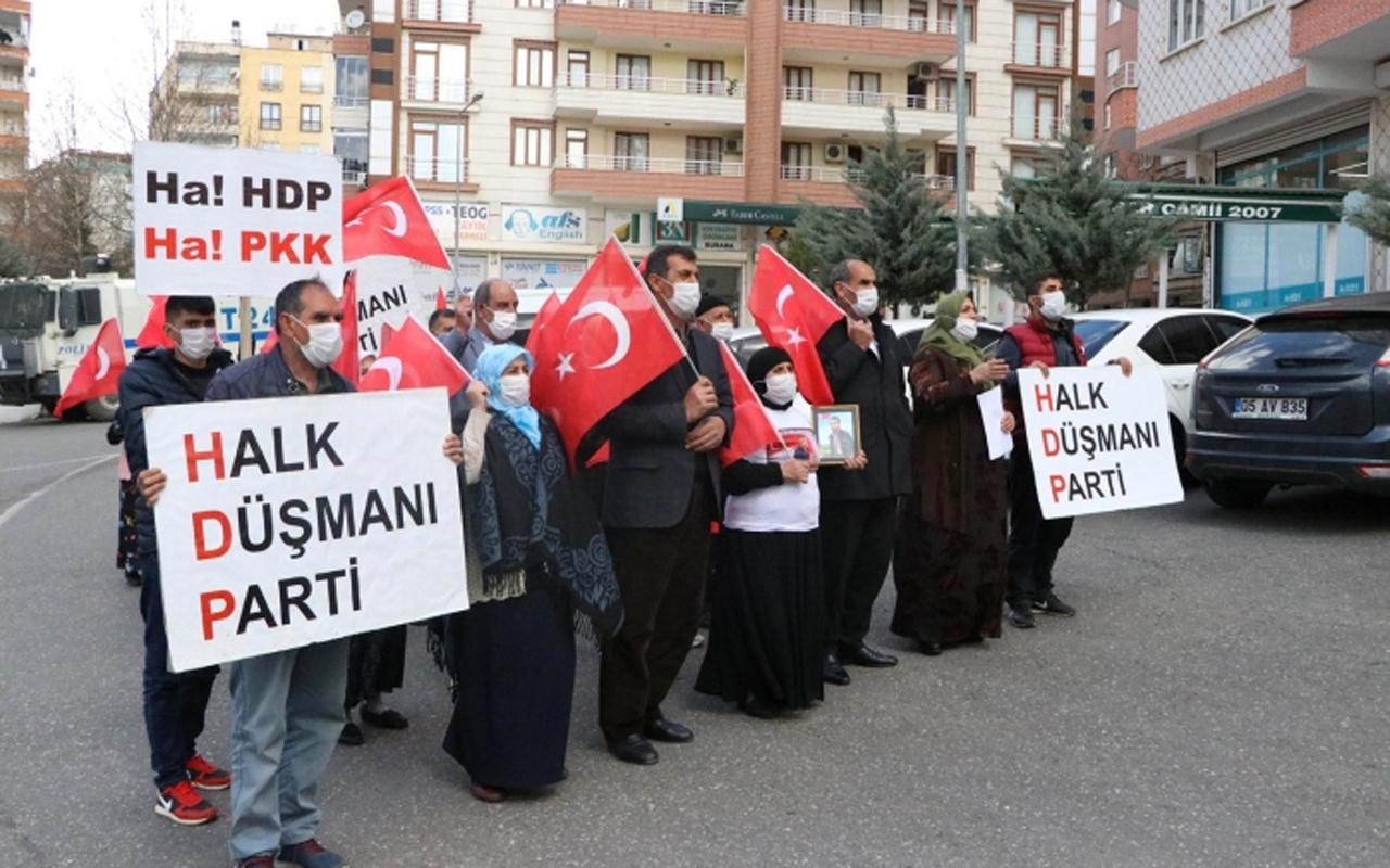 """Diyarbakır anneleri, yürüyüş yaptı! """"HDP kapanacak analar kazanacak"""""""