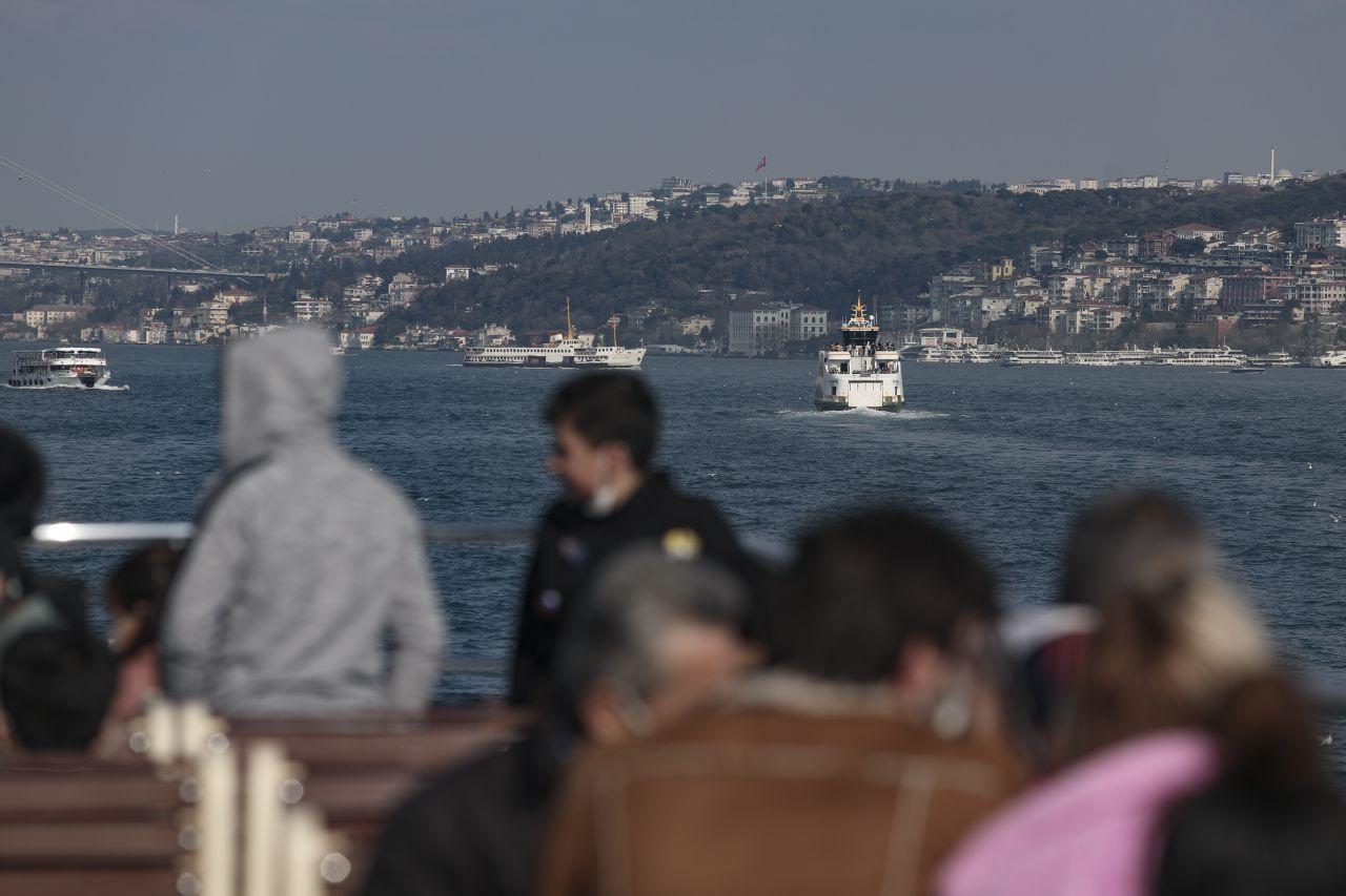 İstanbul korona salgınında 3. dalgaya girdi! Bilim Kurulu üyesinden korkutan rakamlar