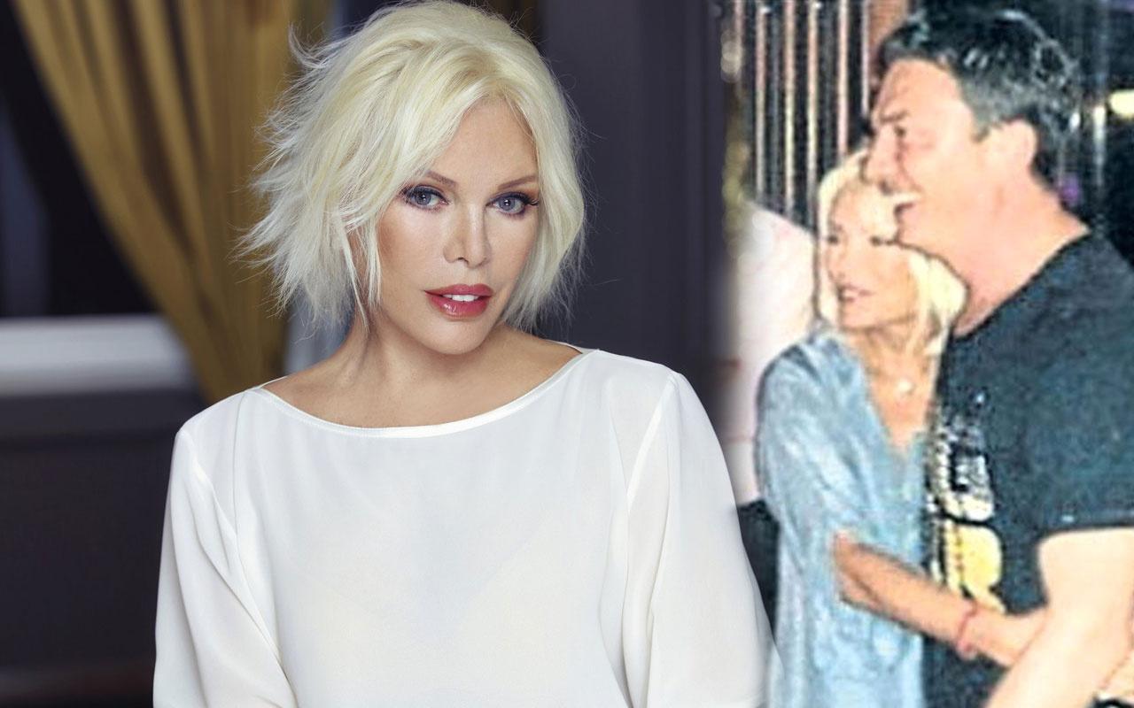 22 yaş küçük sevgilisi Bülent Çavuşoğlu'nu Ajda Pekkan affetti
