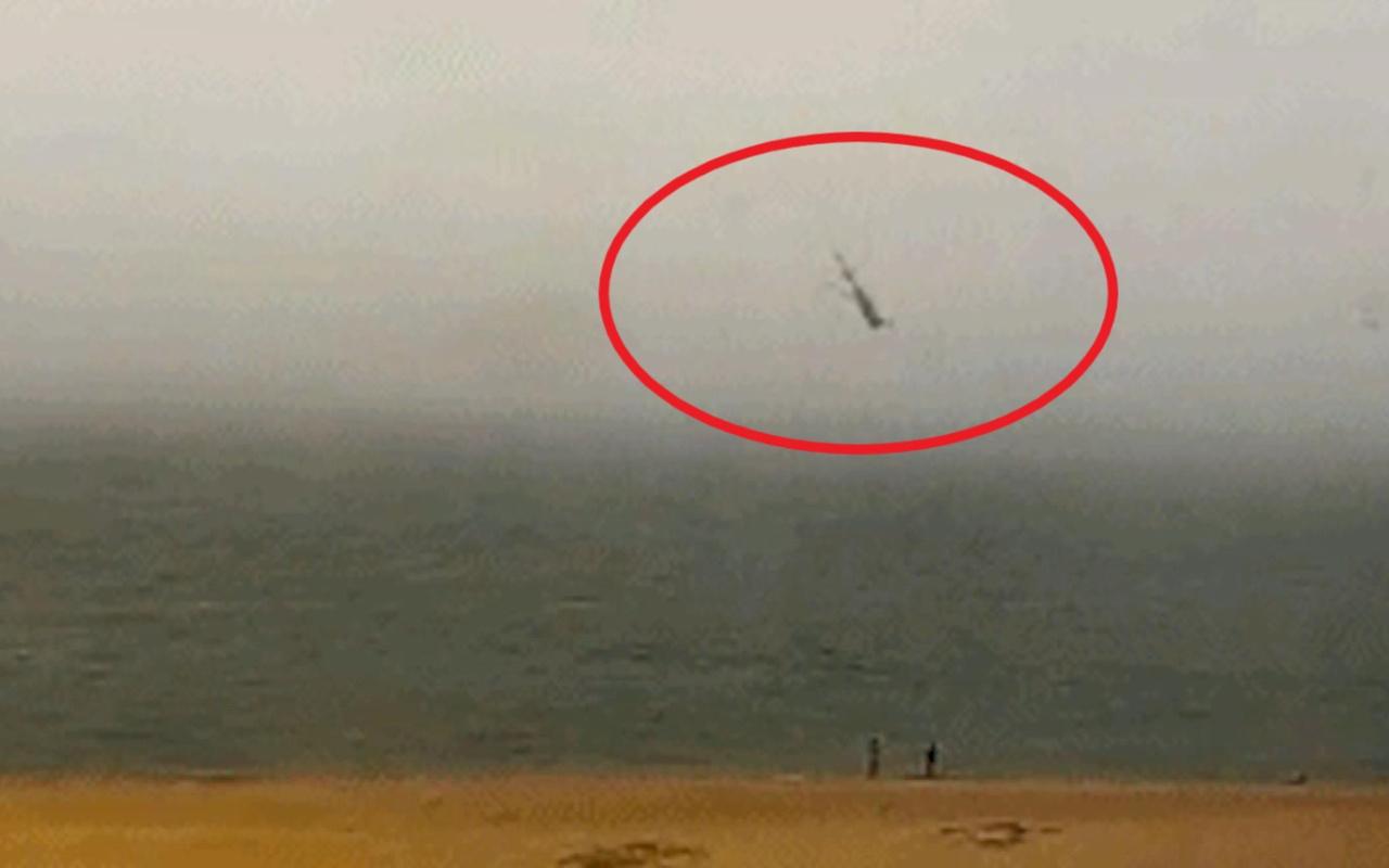 Çin'de turist taşıyan helikopter denize çakıldı 3 ölü