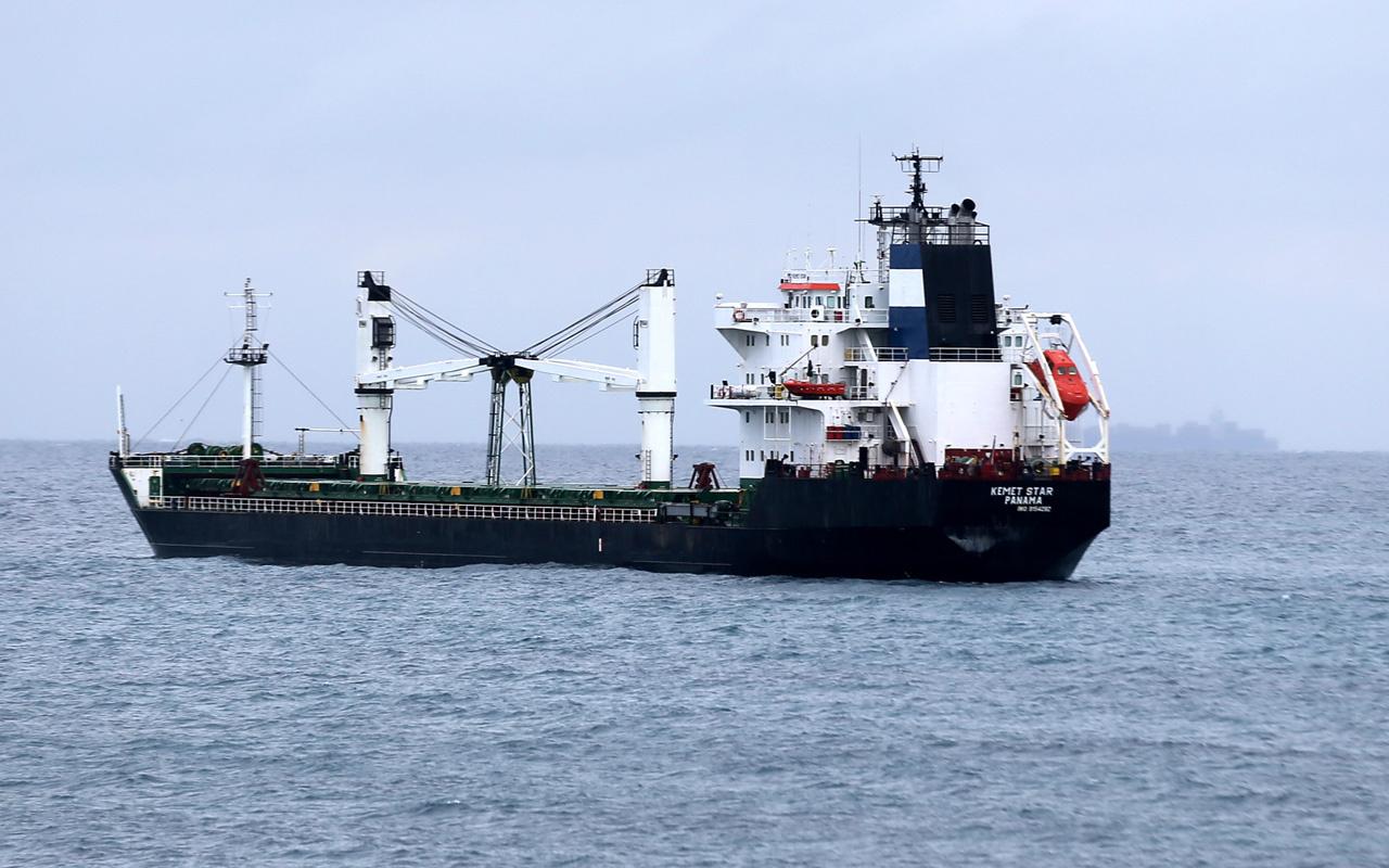 Çanakkale Bozcaada açıklarında kuru yük gemisi karaya oturdu