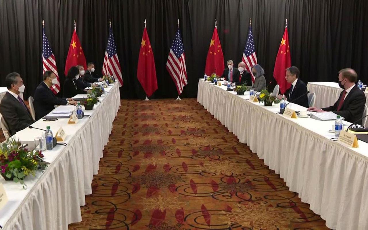 Çinli diplomat: ABD'nin Çin'e üst perdeden konuşma yetkisi yok