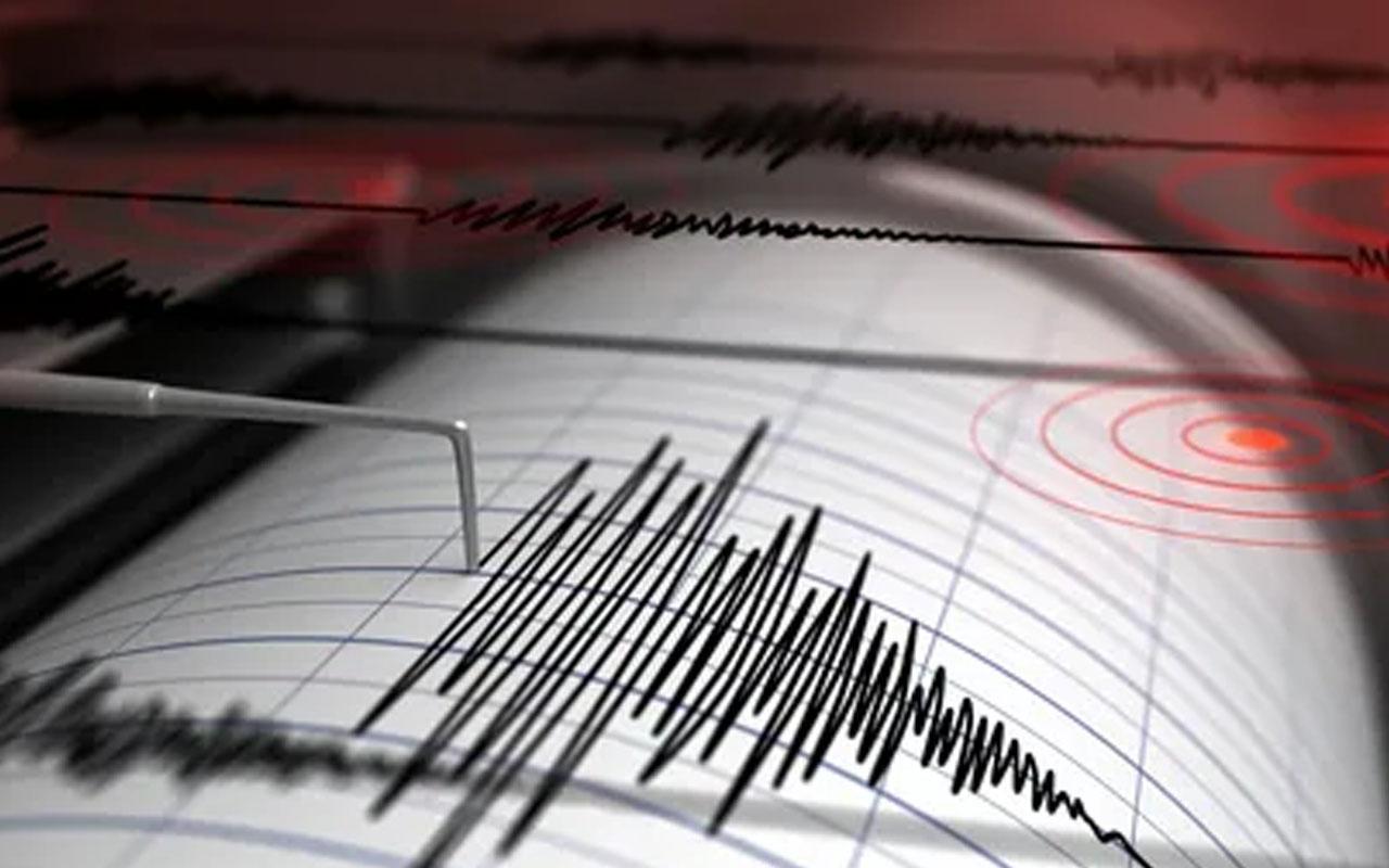 İzmir Çeşme açıklarında 3.5 büyüklüğünde deprem meydana geldi