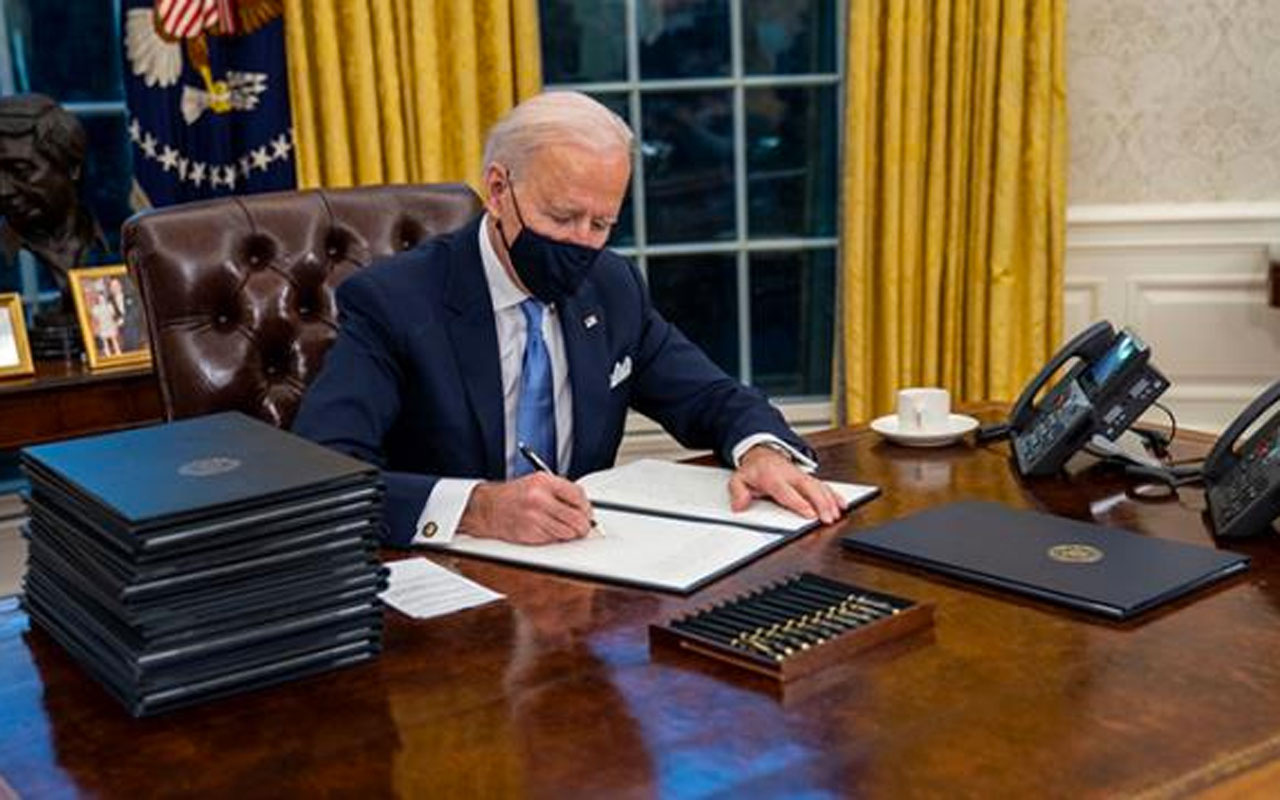 ABD Başkanı Biden açıkladı! ABD 10 Rus diplomatı sınır dışı etme kararı aldı