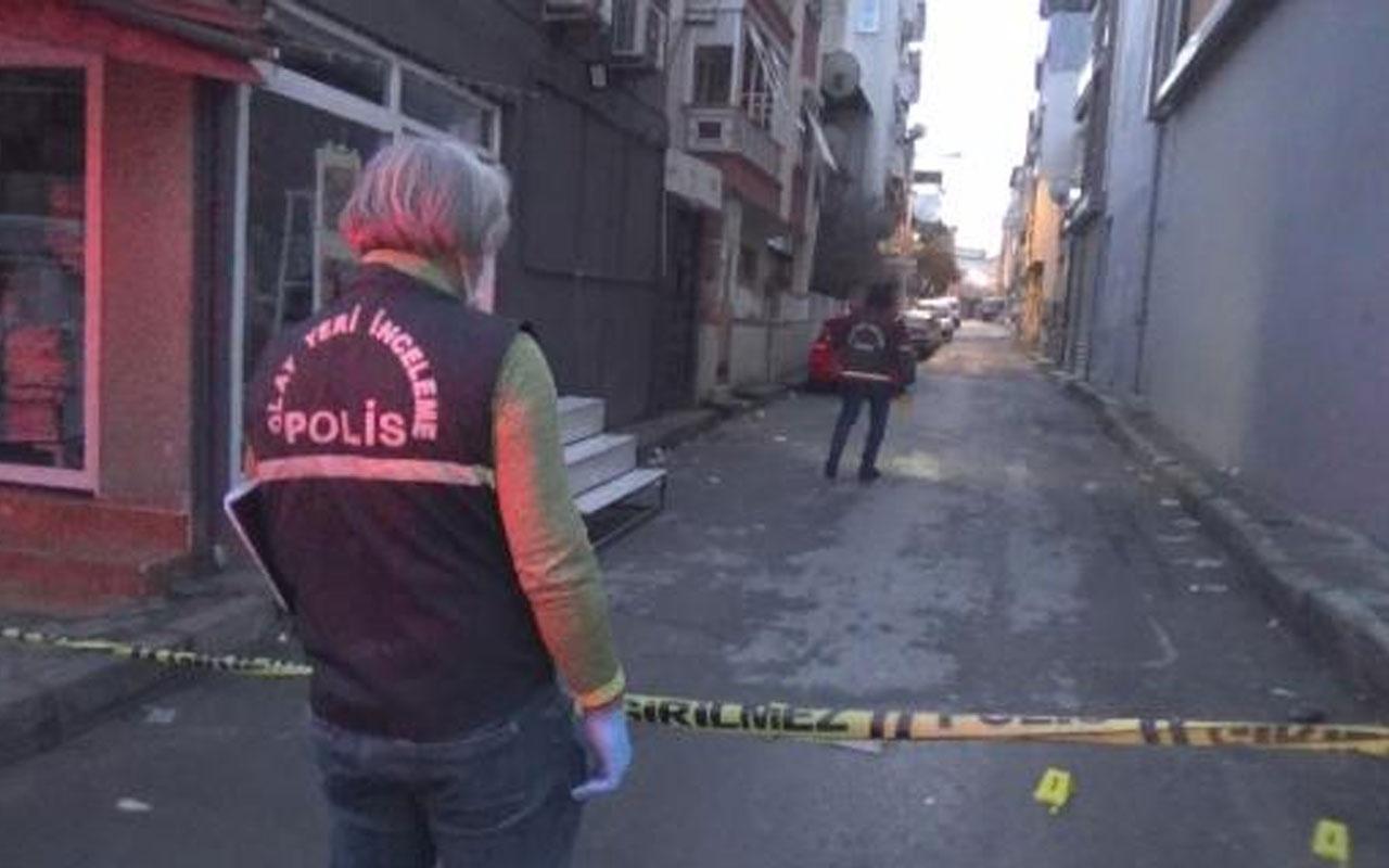 İzmir'de sosyal medya tartışması kanlı bitti! 1'i ağır 3 yaralı var