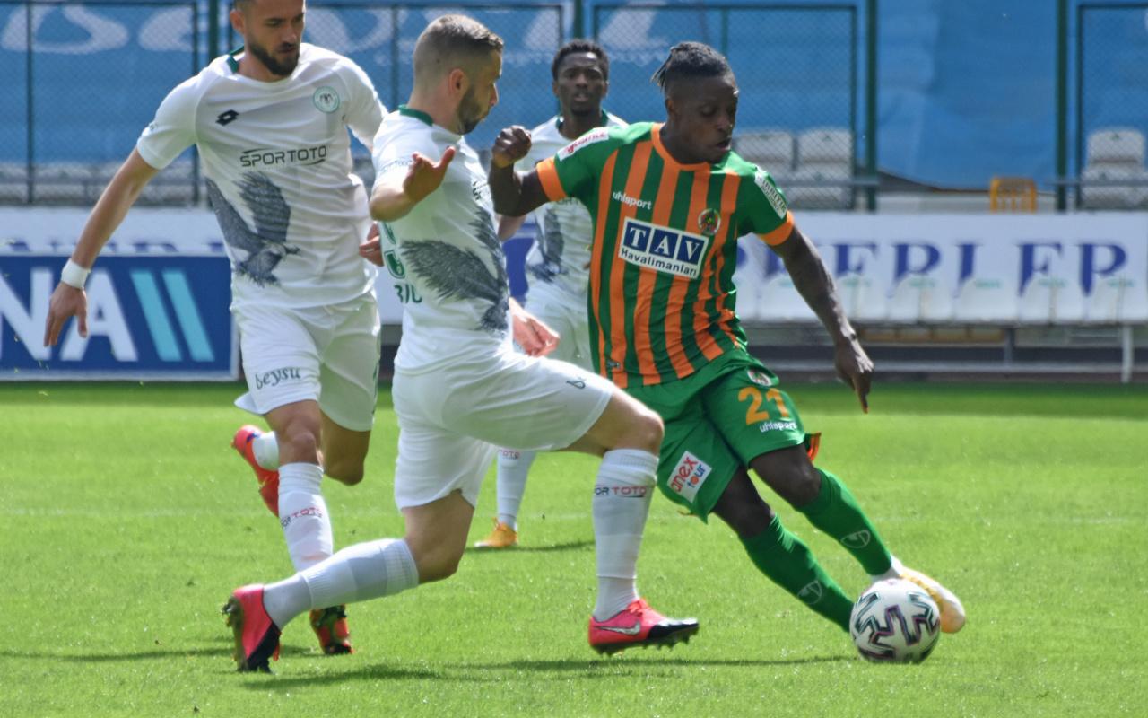 Konyaspor konuk ettiği Alanyaspor'u tek golle geçti
