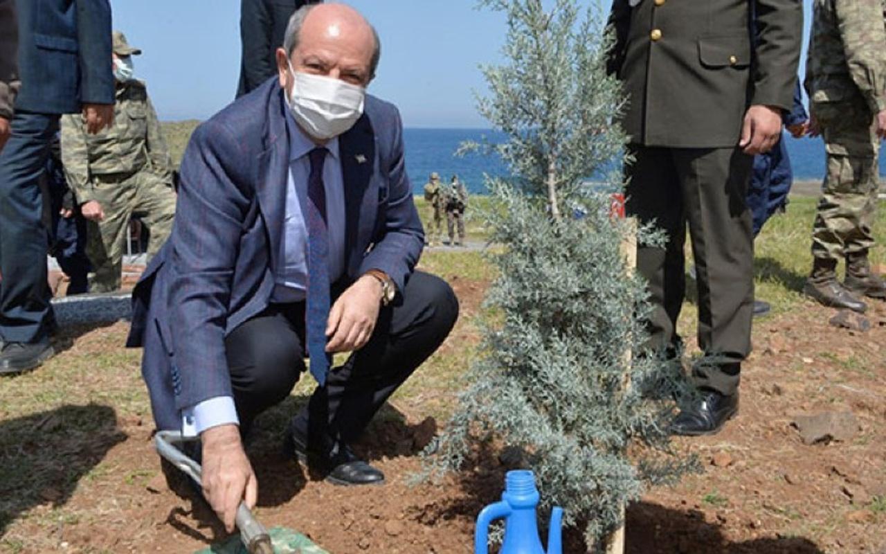 Ersin Tatar, Erenköy'de fidan dikme etkinliğine katıldı