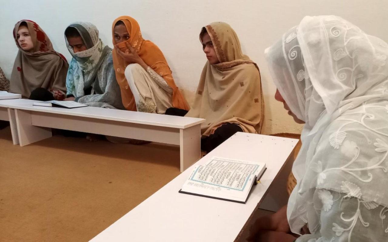 Yer Pakistan! LGBT bireylerinin Kur'an dersi tepki çekti