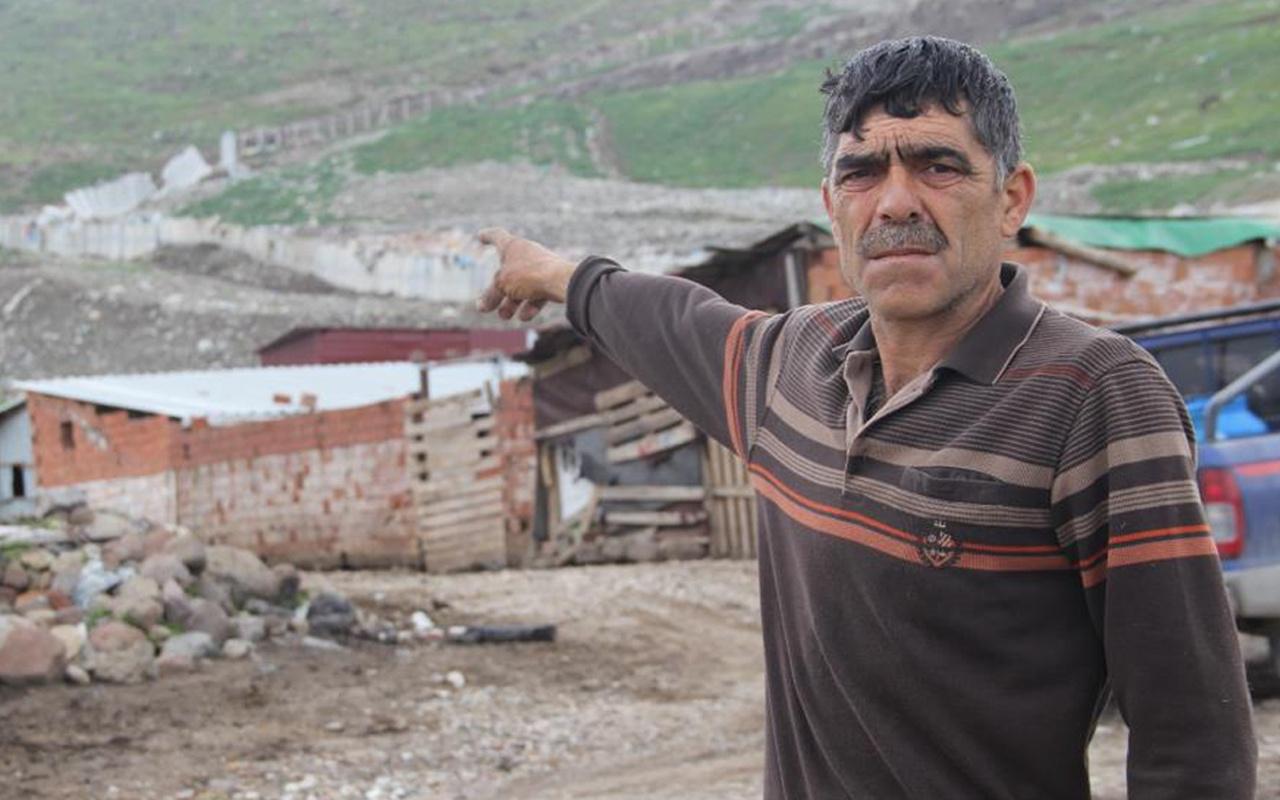 Eve girenlerin başı döndü! İzmir'de dağ yürümeye başladı halk şaşkına döndü