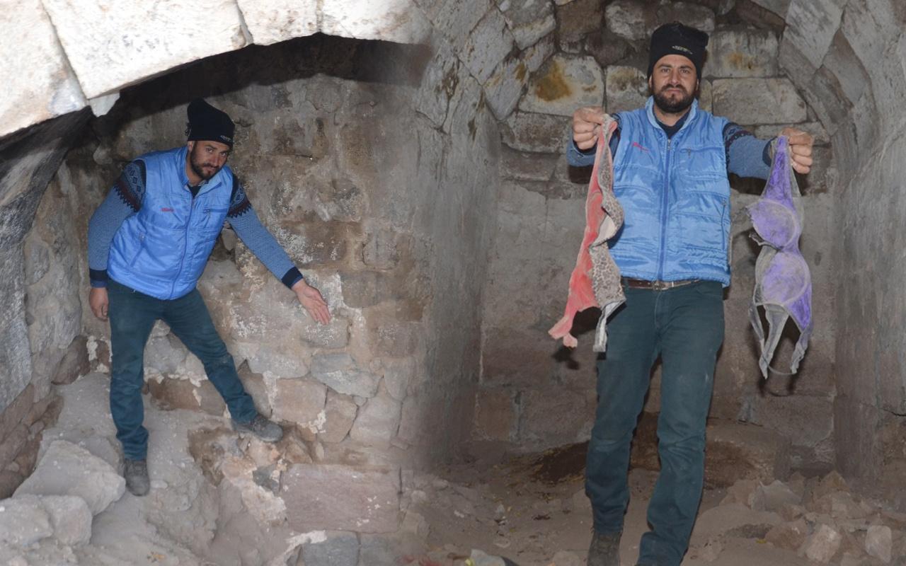 Kayseri'de mezar odalarında rezalet görüntüler! Sütyen ve kadın ayakkabıları bulundu