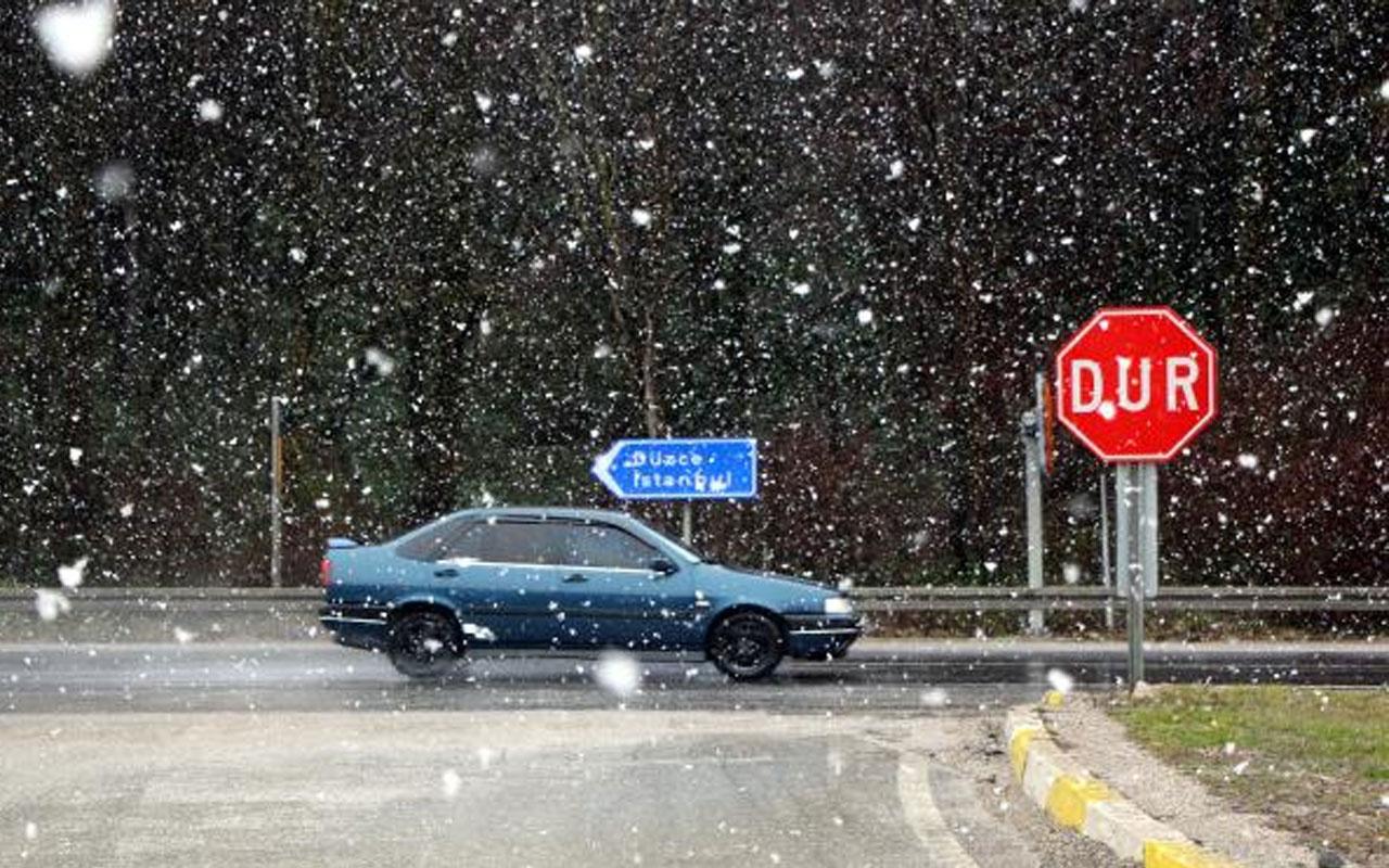 Meteoroloji uyarmıştı! Bolu Dağı'nda kar yağışı başladı
