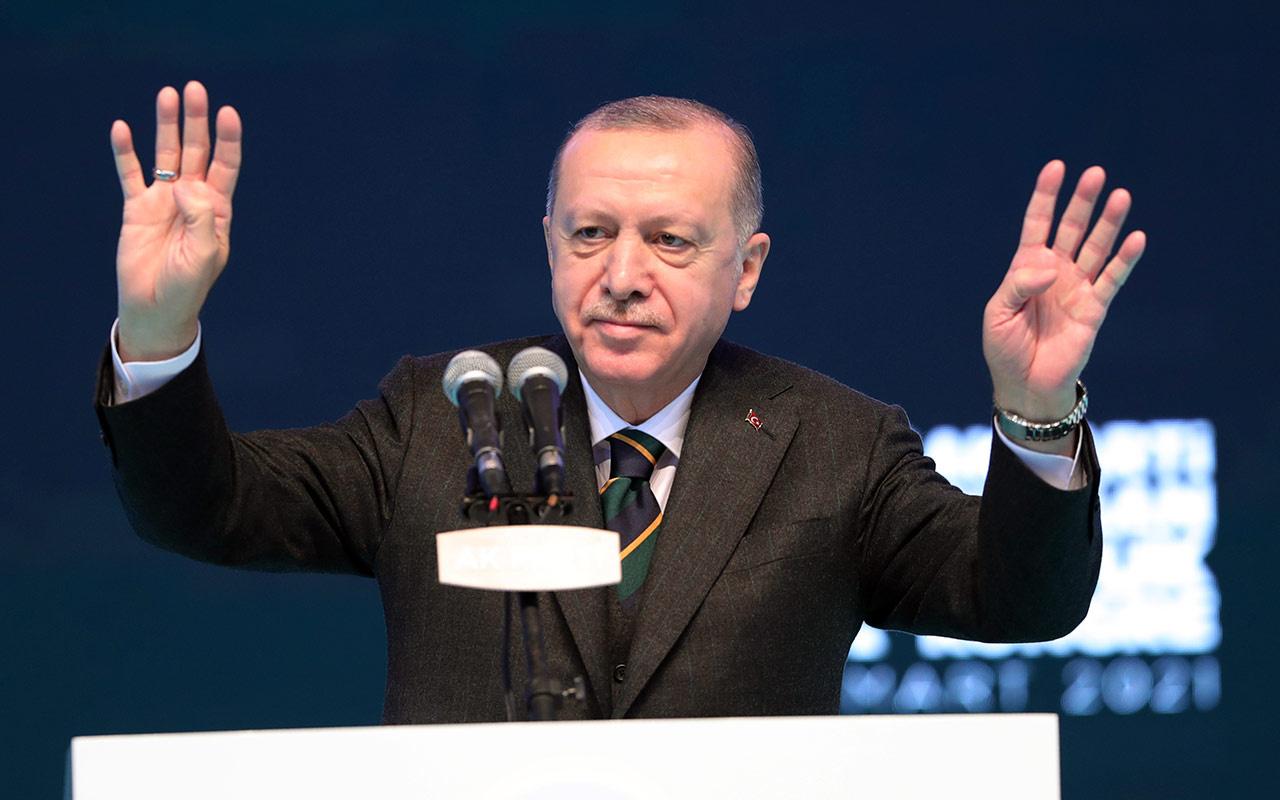 Cumhurbaşkanı Erdoğan yeniden AK Parti Genel Başkanı seçildi! Kongrede teşekkür etti