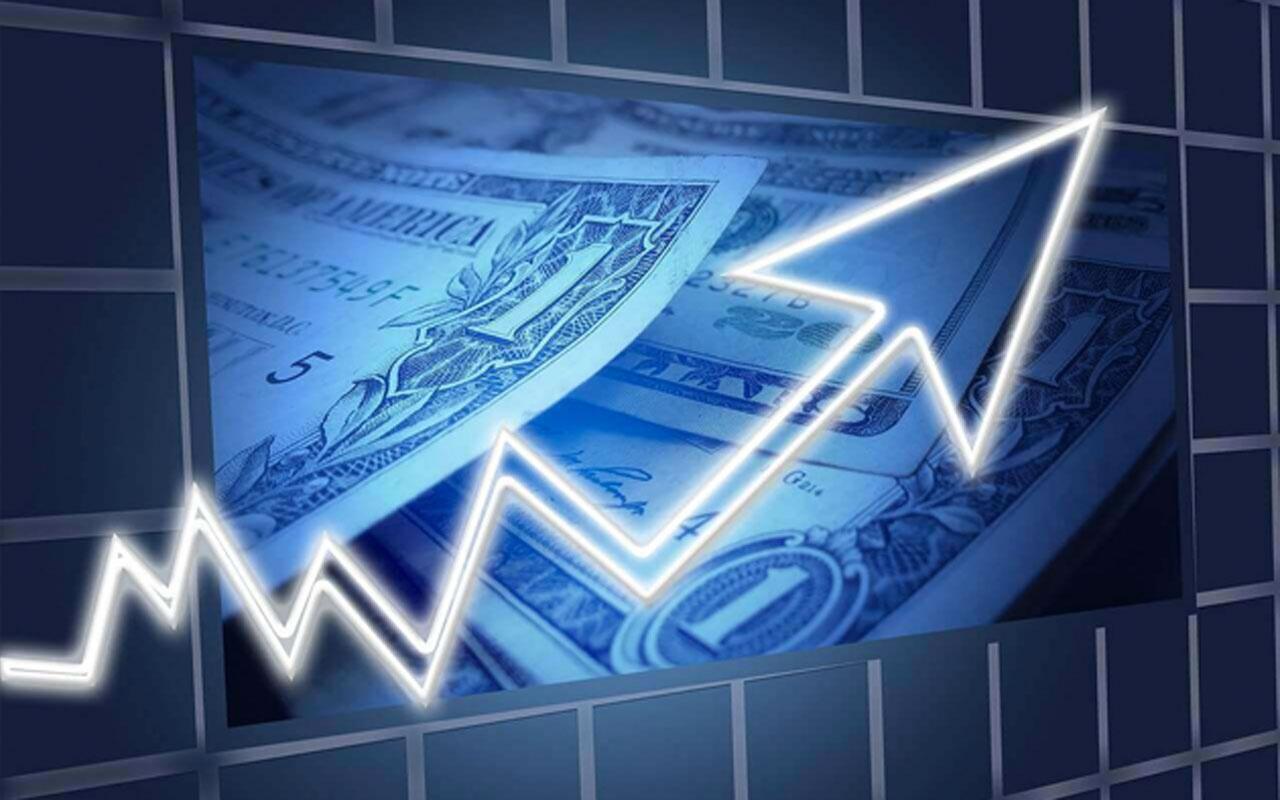 Merkez Bankası'nın faiz kararı sonrası dolar ve altın yükselişe geçti! Borsa düşüyor...