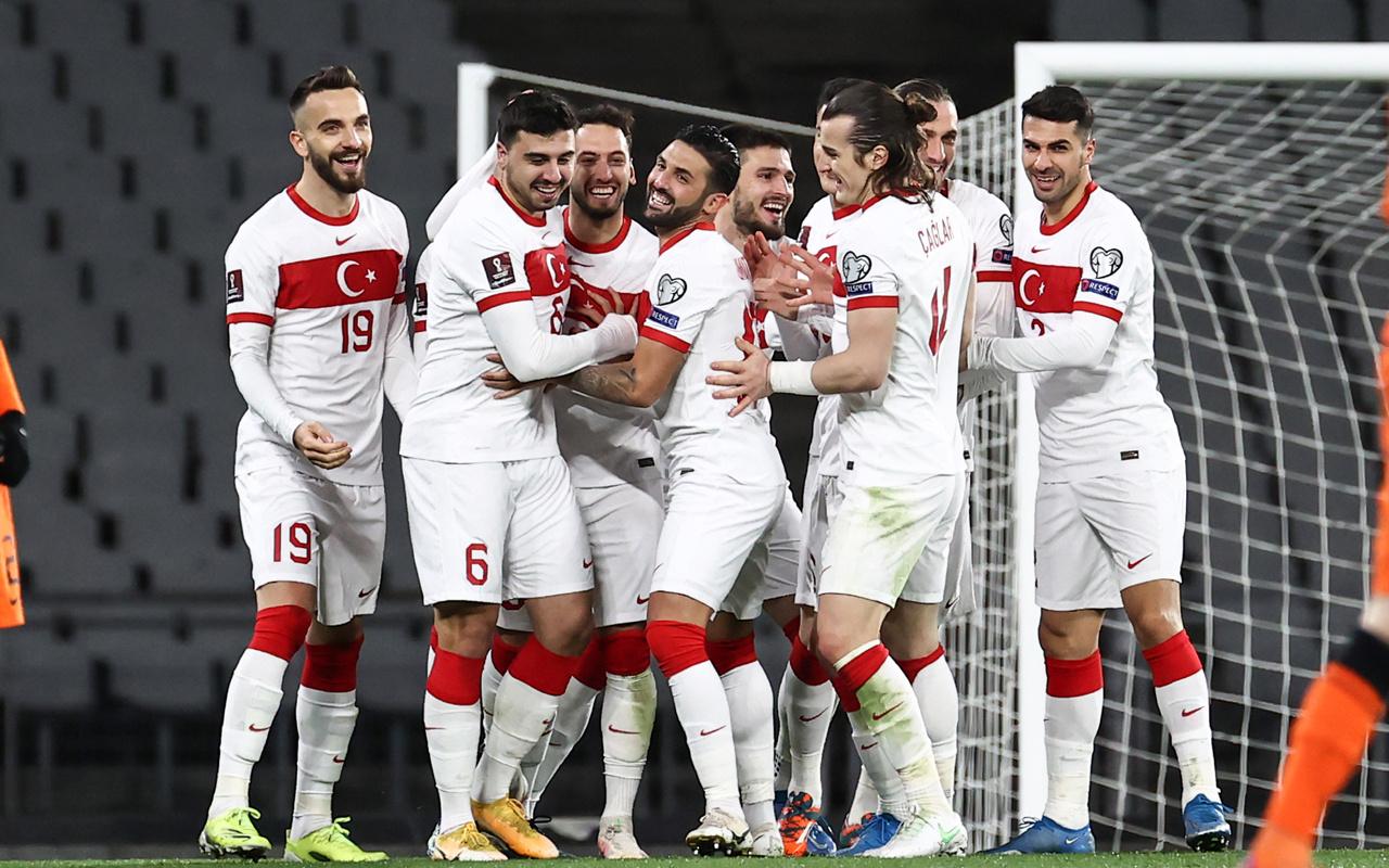 Josef de Souza, Mesut Özil ve Felipe Melo'dan Türkiye paylaşımı