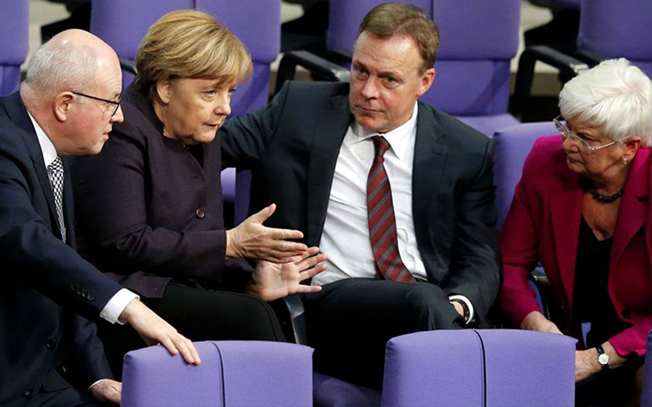 Angela Merkel'den dikkat çeken Türkiye açıklaması