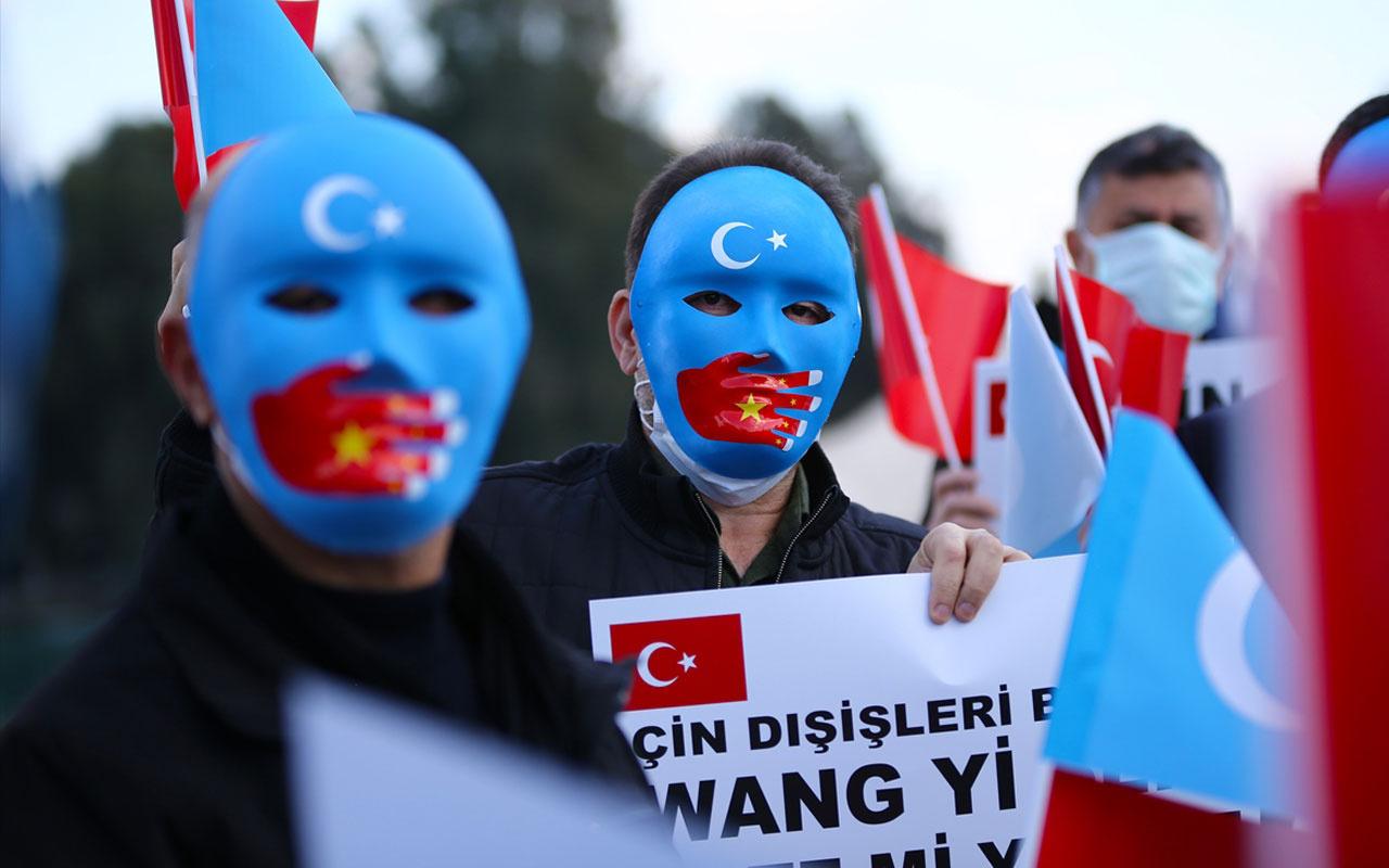 Çin'in Uygur Türkleri'ne yönelik insan hakları ihlalleri Adana'da protesto edildi