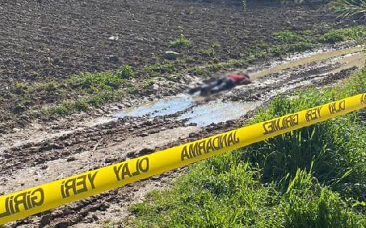 Tarsus'ta yol kenarında erkek cesedi bulundu! Kimliği henüz bilinmiyor