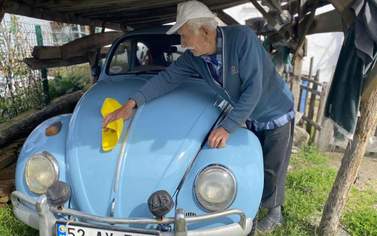 85 yaşındaki Altan dedenin vosvos aşkı: Aracım ustadayken bakımlarını tarif ediyorum