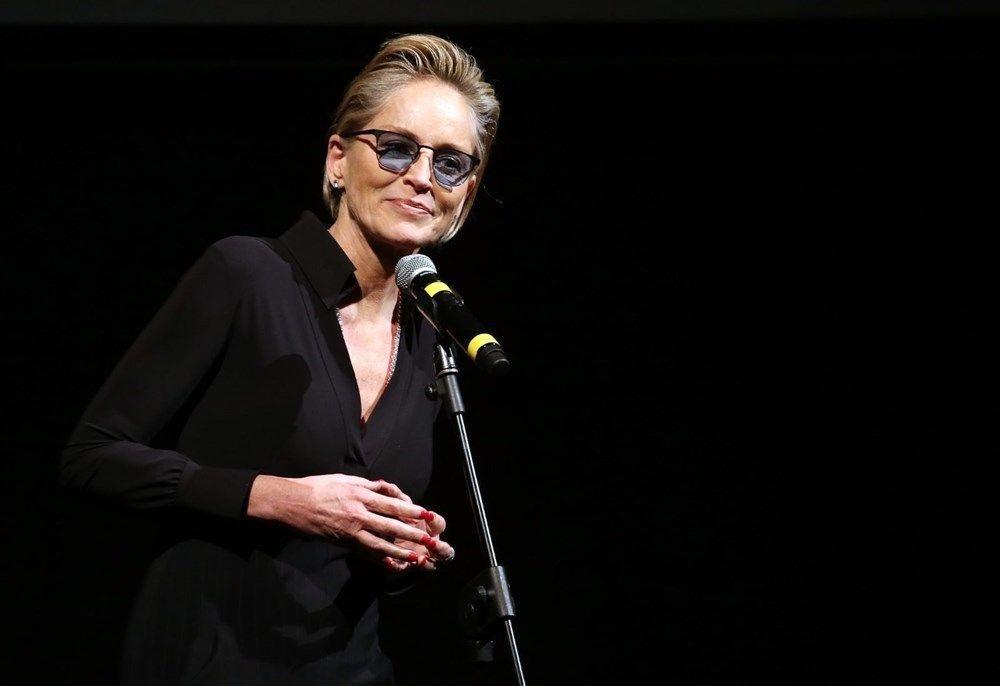 Ölünce dürtmüş! Sharon Stone iğrenç olayı itiraf etti: Odaya kilitleyip...