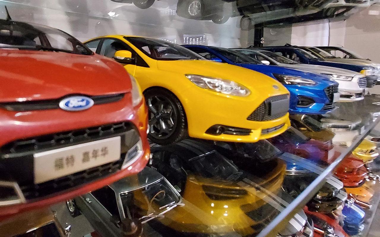 Erzurum'da 100 bin TL harcadı! Maket otomobil koleksiyonu hastalığı yayılıyor